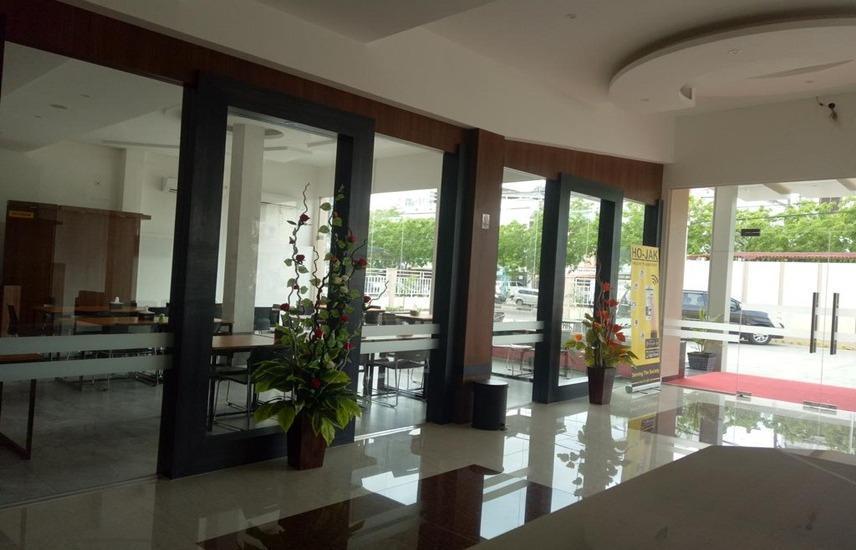 Seventeen Hotel Banda Aceh - Lobby