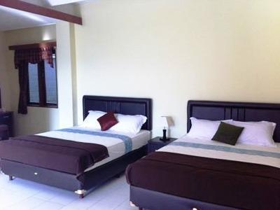 Bantal Guling Guest House Bandung - (04/Feb/2014)