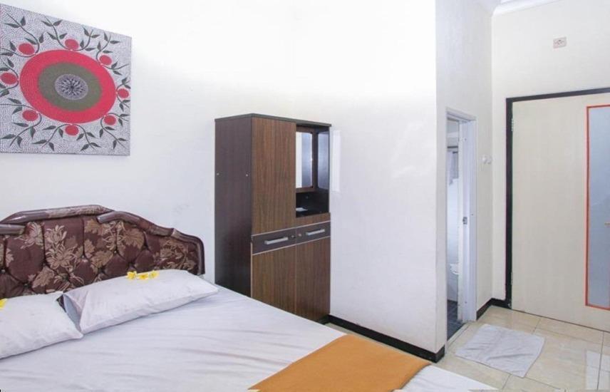 Guest House Rumah Wahidin Syariah Probolinggo - Superior Room Regular Plan