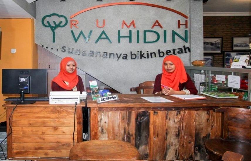 Guest House Rumah Wahidin Syariah Probolinggo - Resepsionis