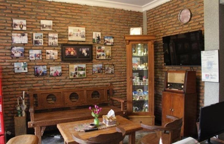 Guest House Rumah Wahidin Syariah Probolinggo - Interior