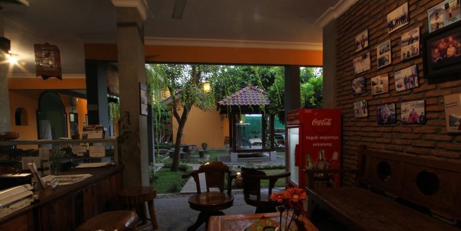 Guest House Rumah Wahidin Syariah Probolinggo - Lobby