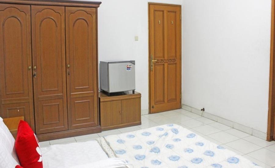 ZenRooms Near Gandaria Utara Jakarta - Kamar tamu