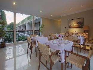 Seminyak Lagoon Bali - Restoran
