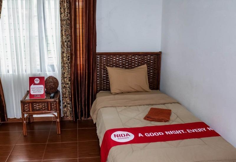 NIDA Rooms Gunung Putri Bosscha Lembang - Kamar tamu