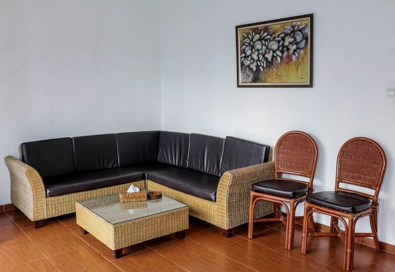 NIDA Rooms Gunung Putri Bosscha Lembang - Ruang tamu