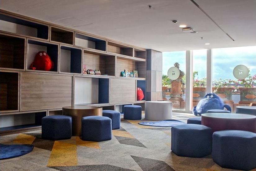 Novotel Bali Ngurah Rai Airport - Lobby Sitting Area