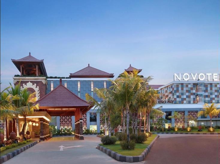 Novotel Bali Ngurah Rai Airport - Hotel Entrance