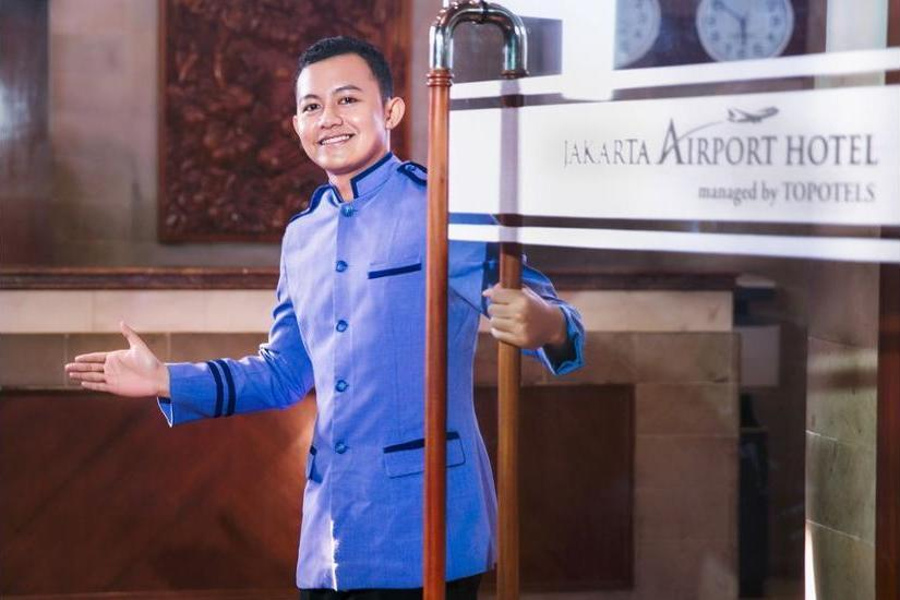 Jakarta Airport Hotel Managed by Topotels Jakarta - Interior Entrance