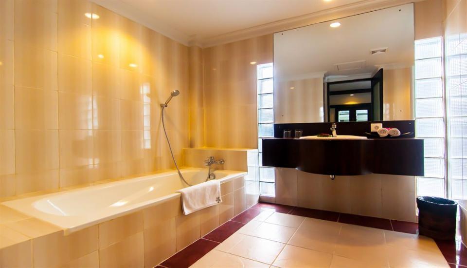Champlung Mas Hotel Legian - Kamar Double atau Twin Deluks