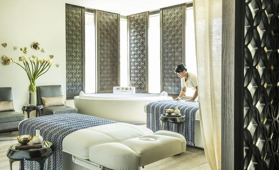Four Seasons Hotel Jakarta - Treatment Room