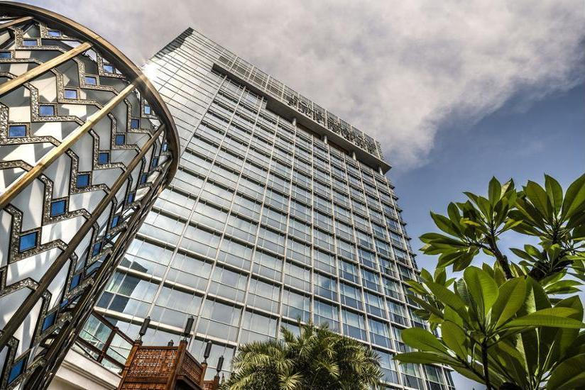 Four Seasons Hotel Jakarta - Hotel Front