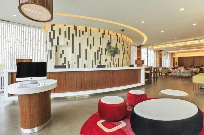 Holiday Inn Express Semarang Simpang Lima - Guestroom