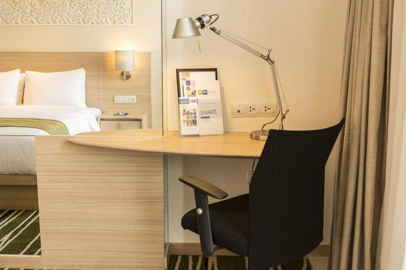 Holiday Inn Express Semarang Simpang Lima - Kamar Standar Regular Plan