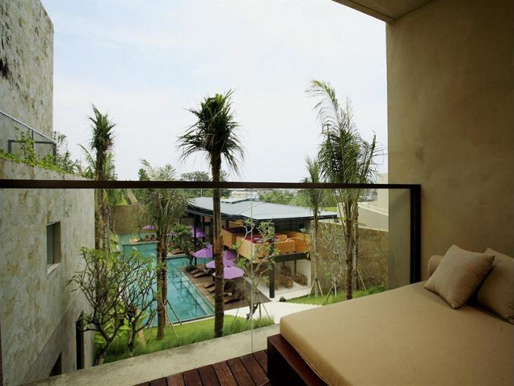 Centra Taum Seminyak - Studio, pemandangan kolam renang Penawaran menit terakhir: hemat 40%