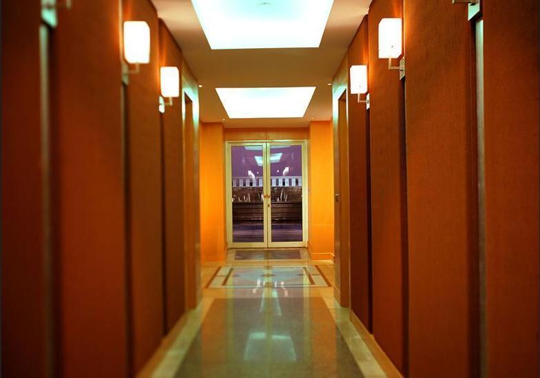 Grand Hyatt Jakarta - Hallway