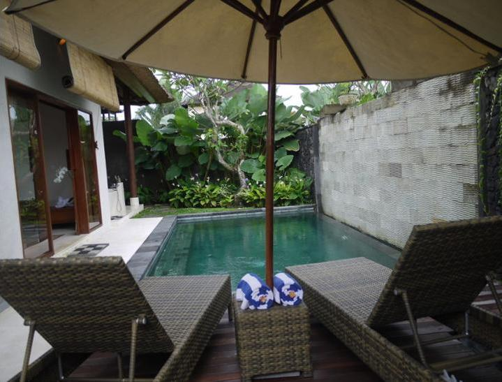 Rumah Dadong Bali - Sundeck