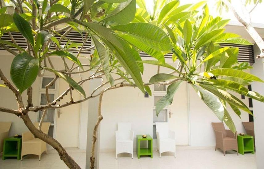 Hardys Hotel Negara Bali - Eksterior