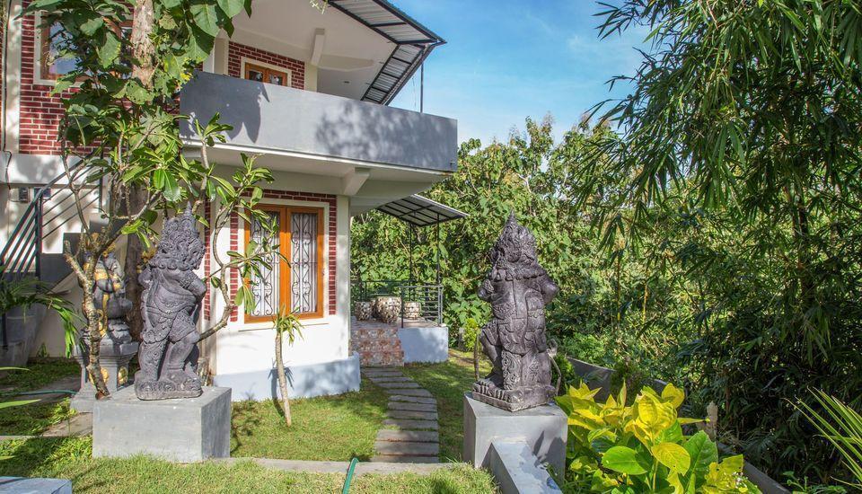 ZEN Premium Pecatu Padang Padang Beach Bali - Tampak luar
