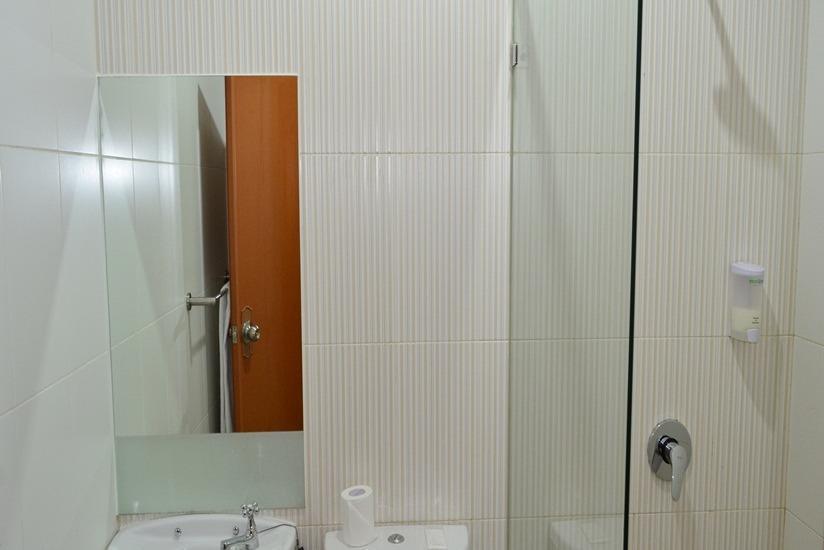 Best Inn Hotel Jakarta - Kamar mandi