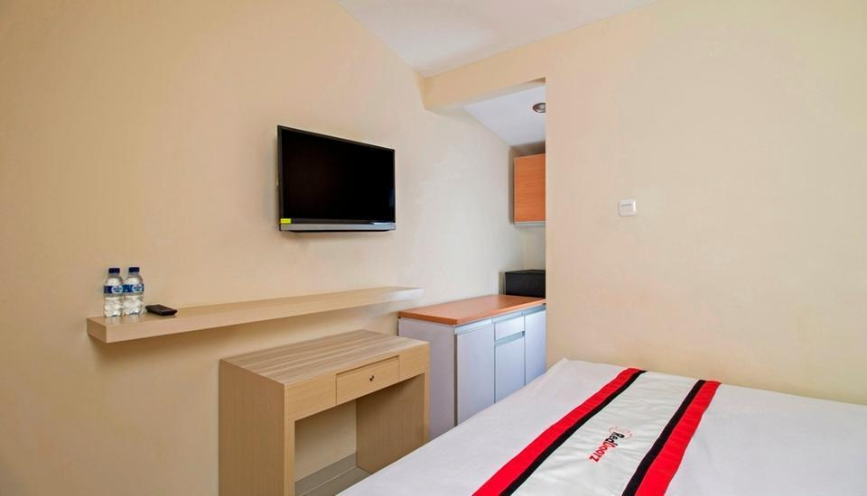 RedDoorz @ Setiabudi Tengah Jakarta - Reddoorz Room with Breakfast Regular Plan