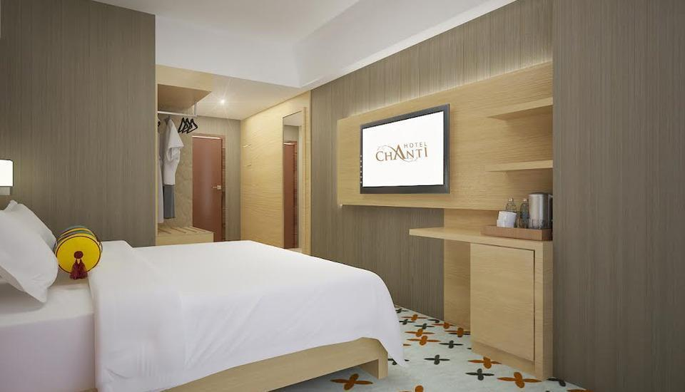Hotel Chanti Semarang - Premier King Bedroom Regular Plan