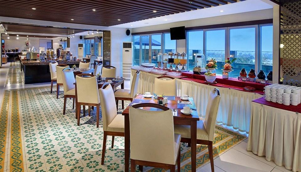 Aston  Solo - Restaurant