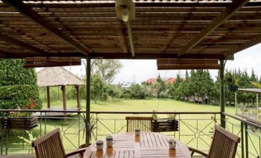 Villa Alila Istana Bunga Lembang Bandung - Interior