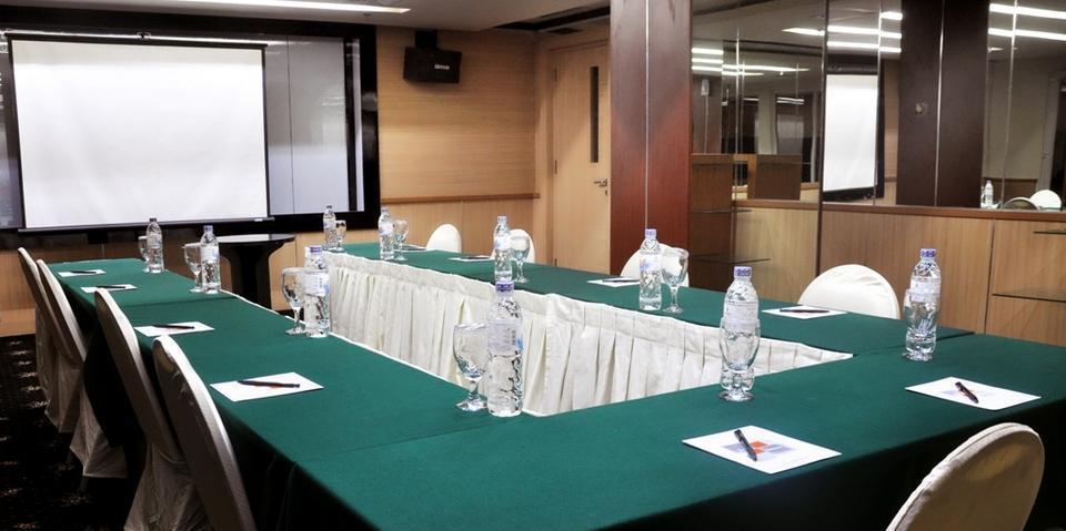 Hotel Horison Makassar - Meeting Room