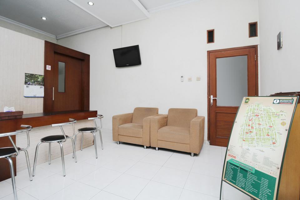 Airy Syariah Alun Alun Kidul Bantul 60B Yogyakarta - Lobby