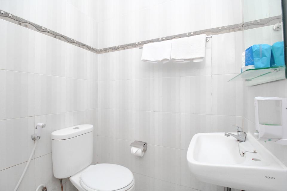 Airy Syariah Alun Alun Kidul Bantul 60B Yogyakarta - Bathroom