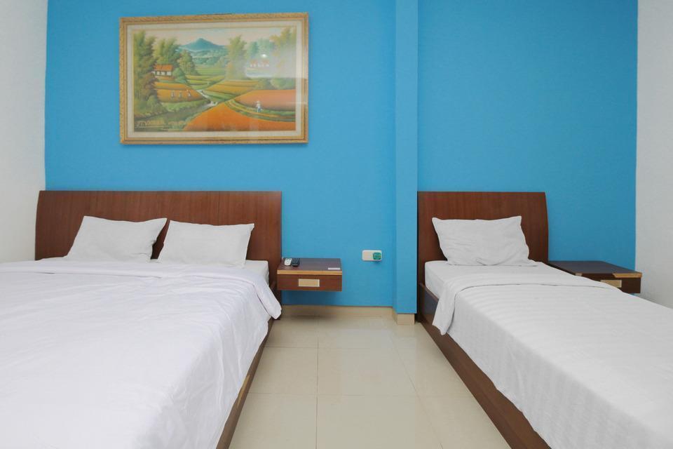 The Nancys Home Stay Pekanbaru - Family Room