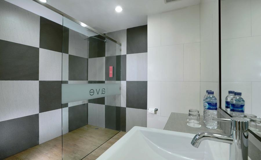 favehotel Banjarmasin - Bathroom Deluxe Family