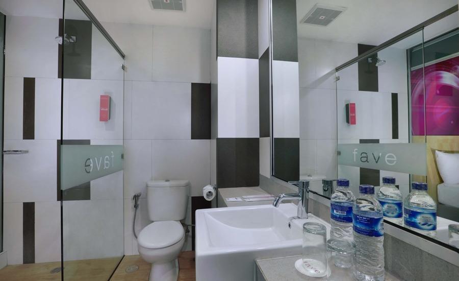 favehotel Banjarmasin - Bathroom Superior