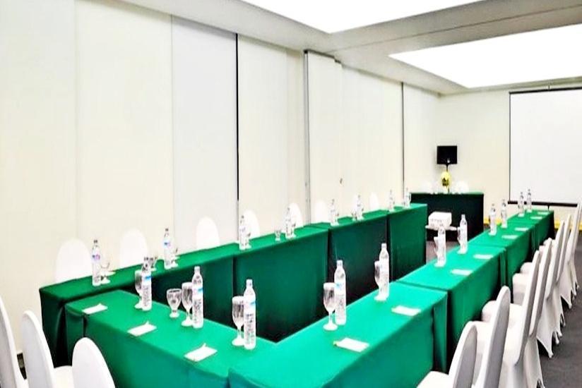 Sintesa Peninsula Palembang - Ruang Rapat