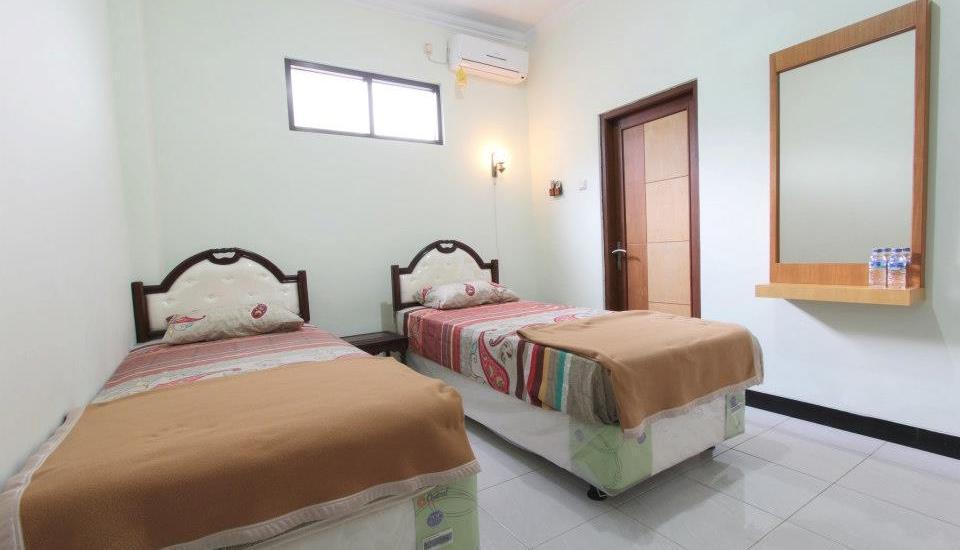 Ndalem Mantrijeron Hotel Yogyakarta - Plengkung Gading Twin Room