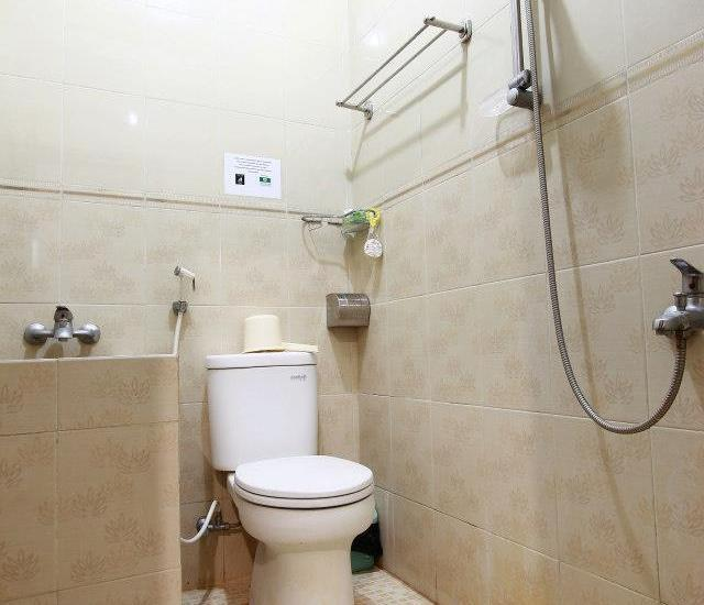 Ndalem Mantrijeron Hotel Yogyakarta - Kamar mandi
