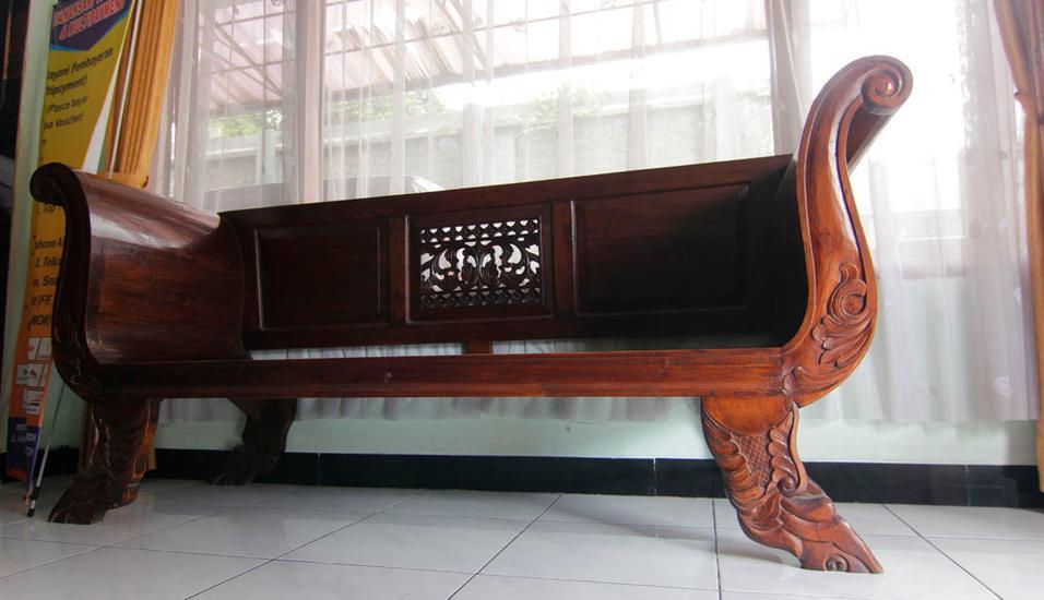 Ndalem Mantrijeron Hotel Yogyakarta - Kursi