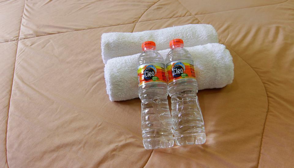 Ndalem Mantrijeron Hotel Yogyakarta - Linen & Welcome Drink