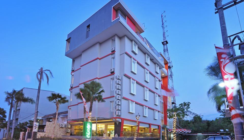 D Season Hotel Surabaya - eksterior