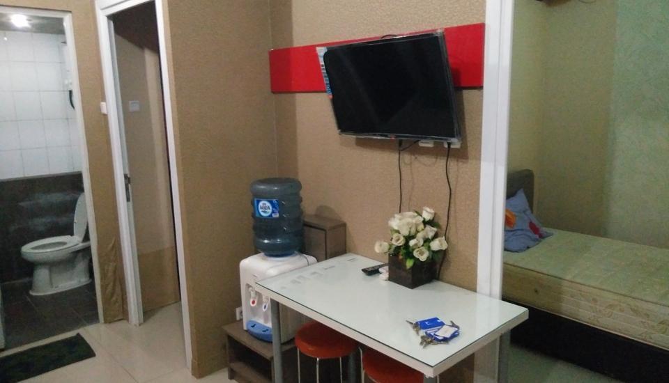 Adaru Property @ Apartemen Green Pramuka Jakarta - Ruang tamu