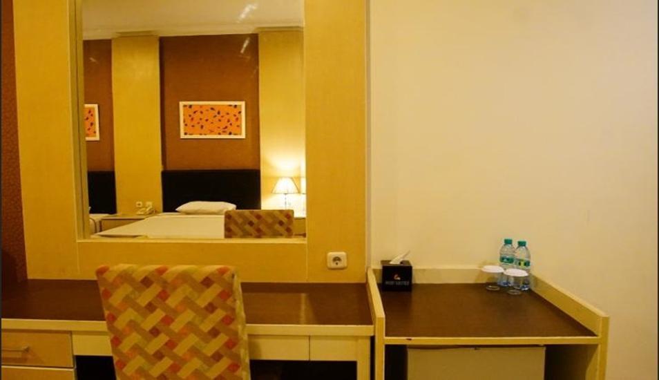 Kendari Suite Hotel Kendari - Interior room