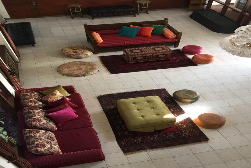 TakeMeHome Guest House Bandung - Ruang tamu