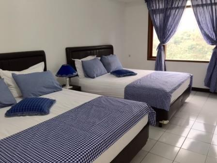 TakeMeHome Guest House Bandung - Family Room - 4 Orang Dengan sarapan  Regular Plan