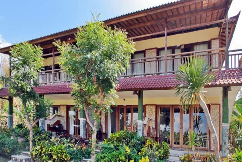 Tanis Villa  Bali - Tampilan Luar Hotel