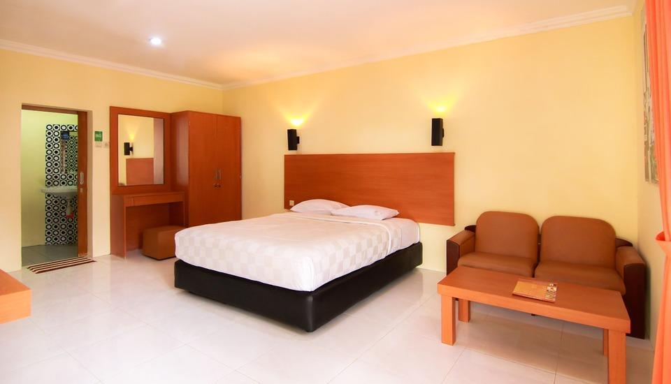 Arra Lembah Pinus Hotel Ciloto - Standard 1 Room Deal of the Day 65%