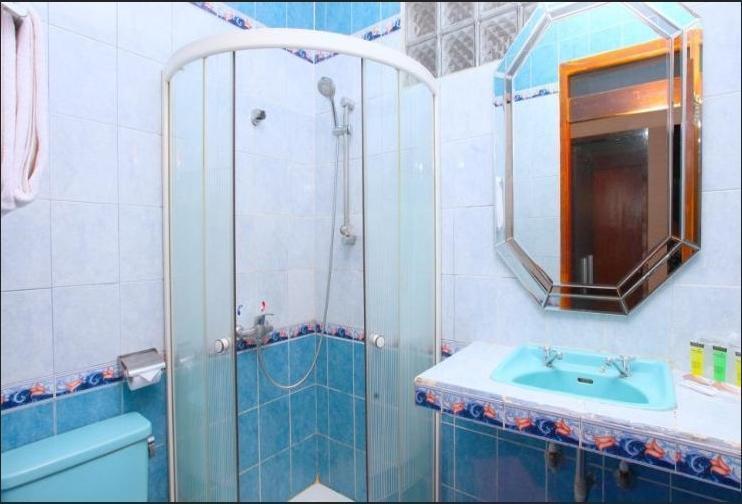 Sindang Reret Ciwidey Bandung - Bathroom