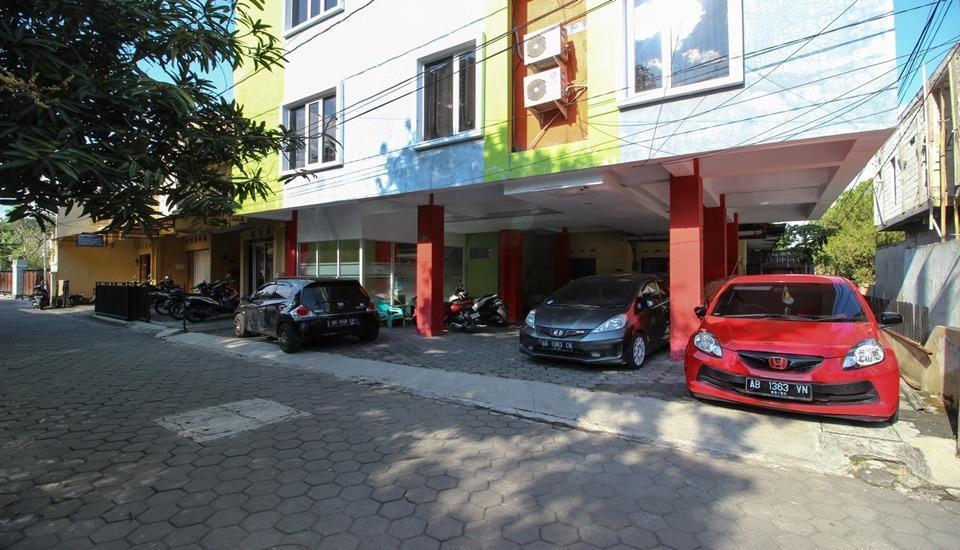 RedDoorz Plus near Lippo Plaza Jogjakarta Yogyakarta - Exterior