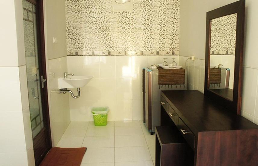 Wana Kubu Homestay Bali - Kamar mandi