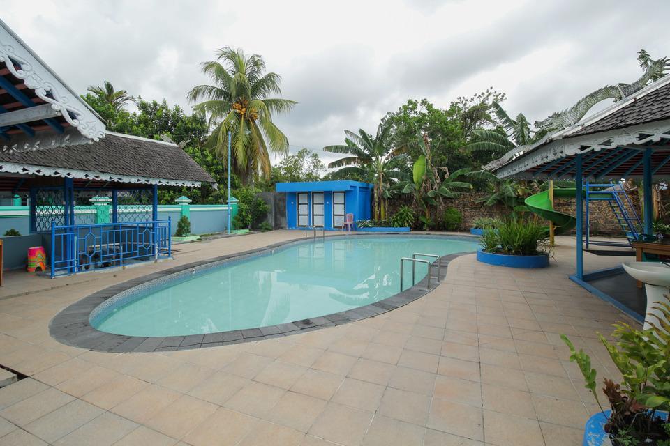 Airy Menteng Raden Saleh 1 Palangkaraya - Swimming Pool